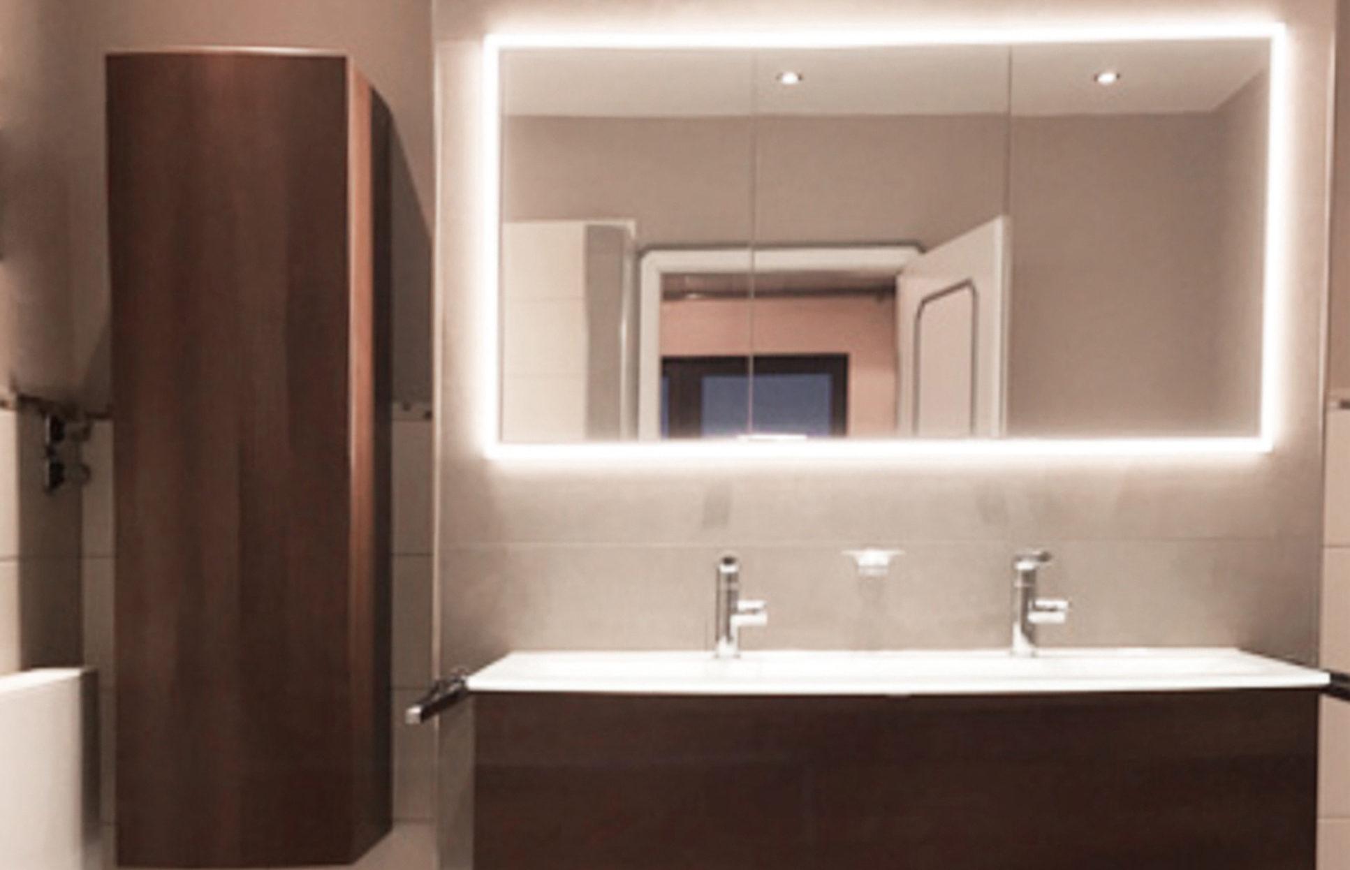 Waschbecken und Spiegelschrank Nachher